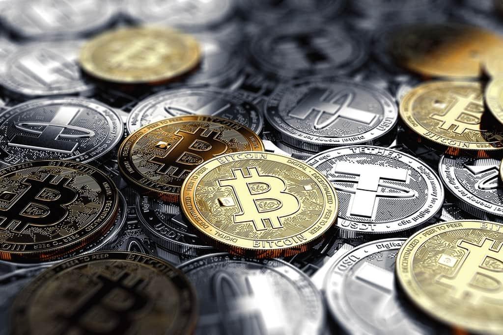 Новости криптовалют о траншах Tether и цене биткоина