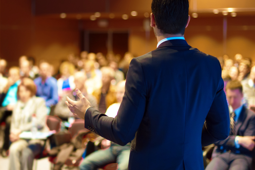 Выступление на конференции о криптовалюте и блокчейне