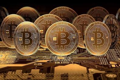 Первая биржа криптовалют