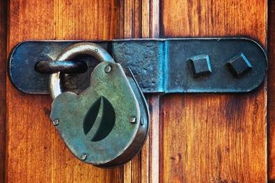 Биржа криптовалют Bitfinex не поддерживает Petro